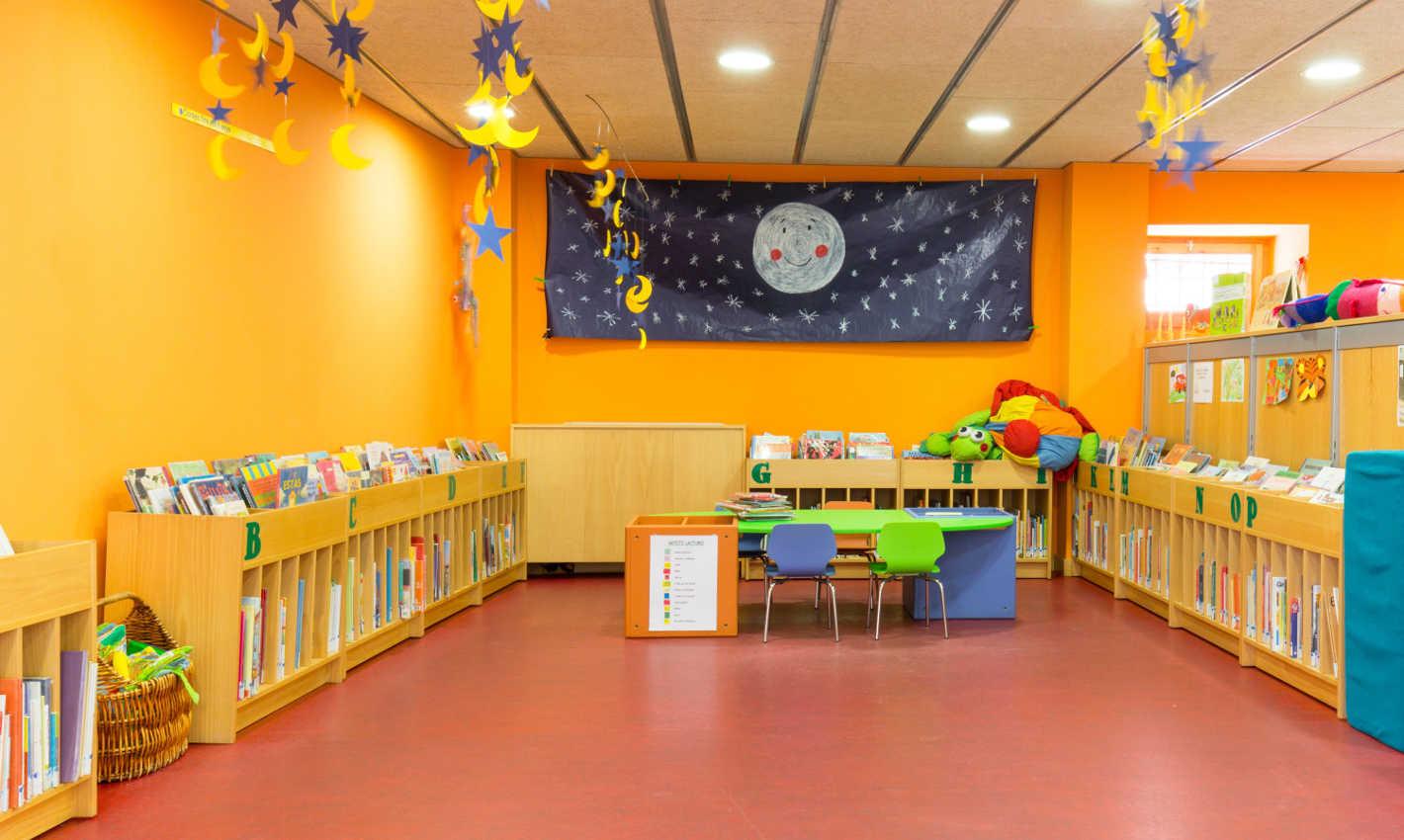 Espai infantil Biblioteca Can Salvador de la Plaça