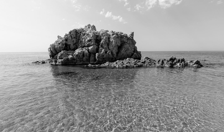 Roca Grossa Calella ciutat plató