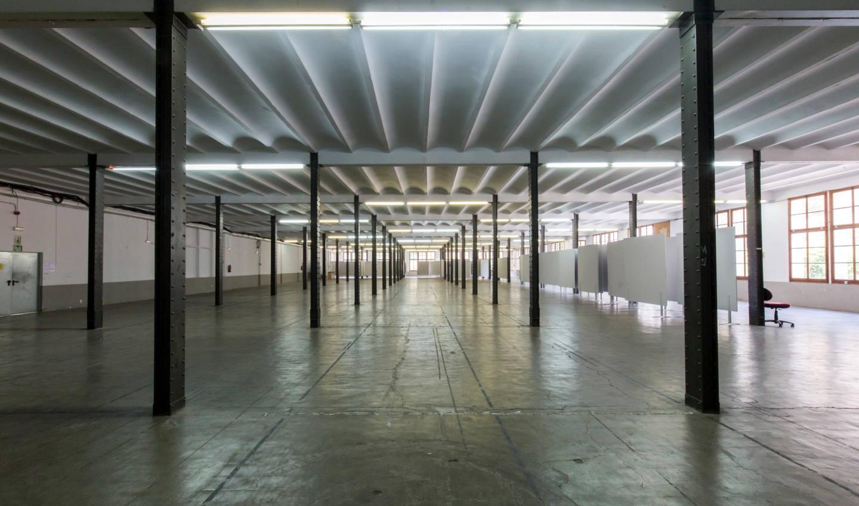 Sala amb columnes Fàbrica Llobet-Guri